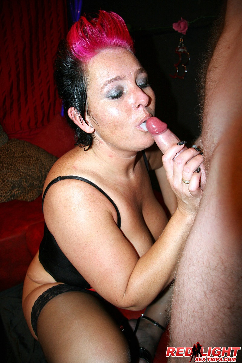 Chubby mature hooker gets fucked hard by a German tourist ...