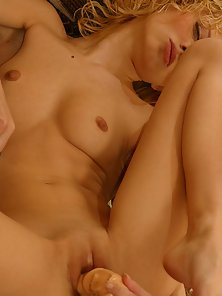Tiny Blond With Big Dildo