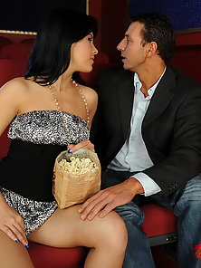 Steamy double penetrating action in the movies