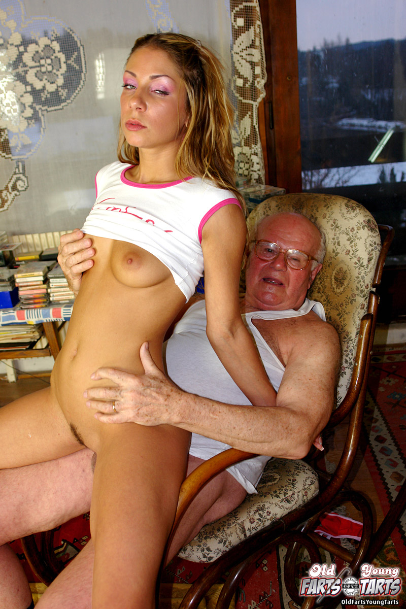 Horny Grandpa Tricks A Teen Into Sex With His Show - Ass Point-3340