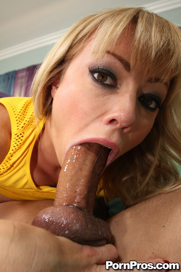Porn Clip Meaty pussy squirt