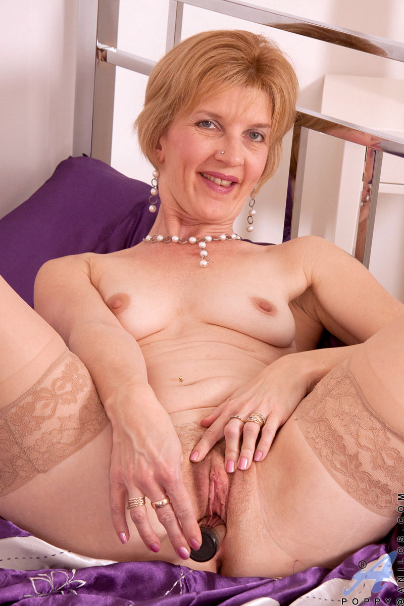 Milf and cougar videos
