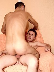 Sitting on Raw Cock free gay porn pics