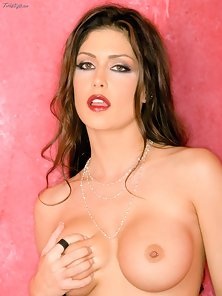 Jessica Jaymes spread eagle showing her pink