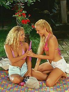 Hot blonde leszzies play with pink dildos in thier wet snatches and tight buttholes