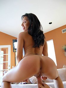 Sexy latina begs to have her amazing ass slapped and fucked hard