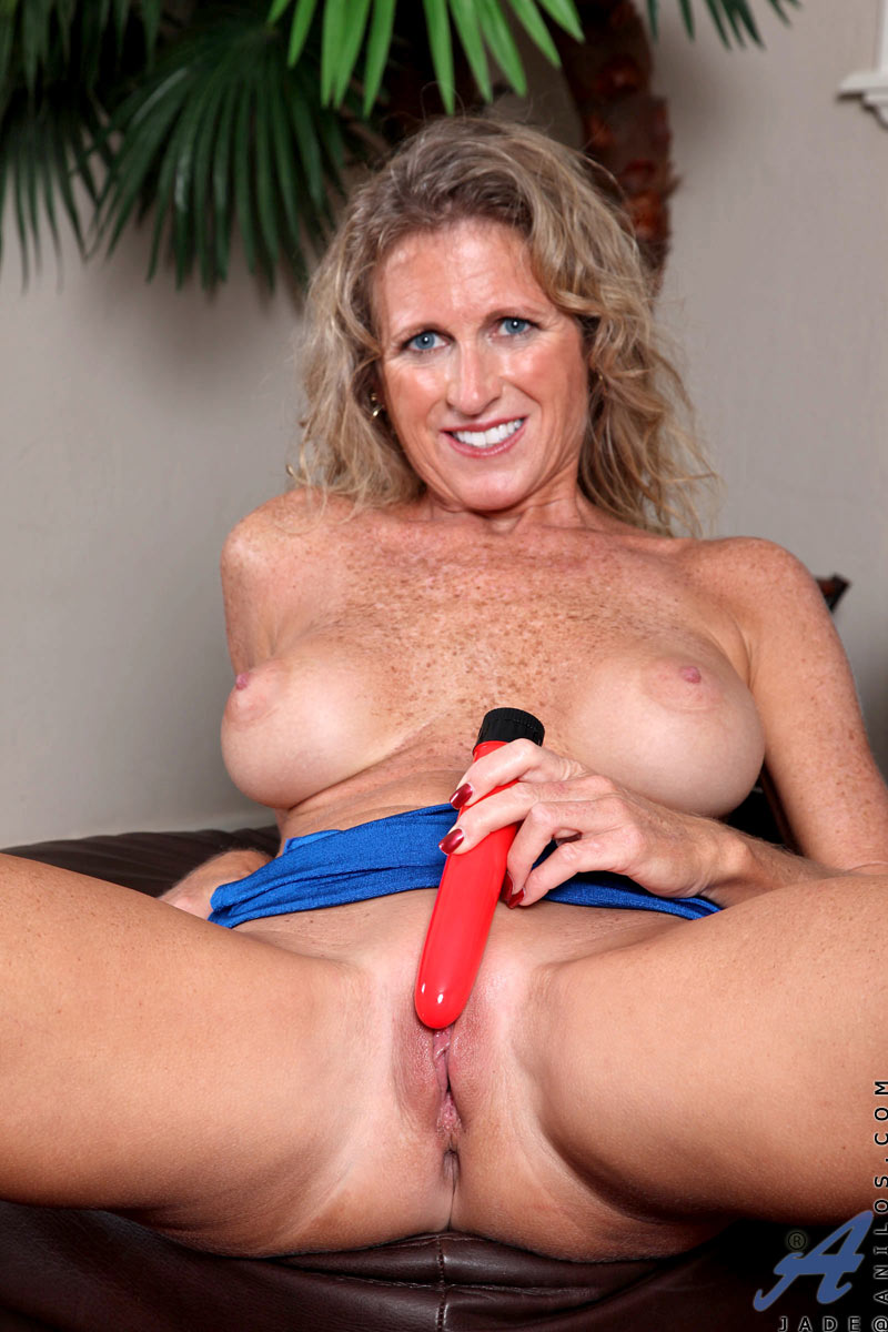 Busty Milf Dildo Ride Hd