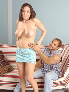 Stephanie Wylde gets her mature pussy ripped