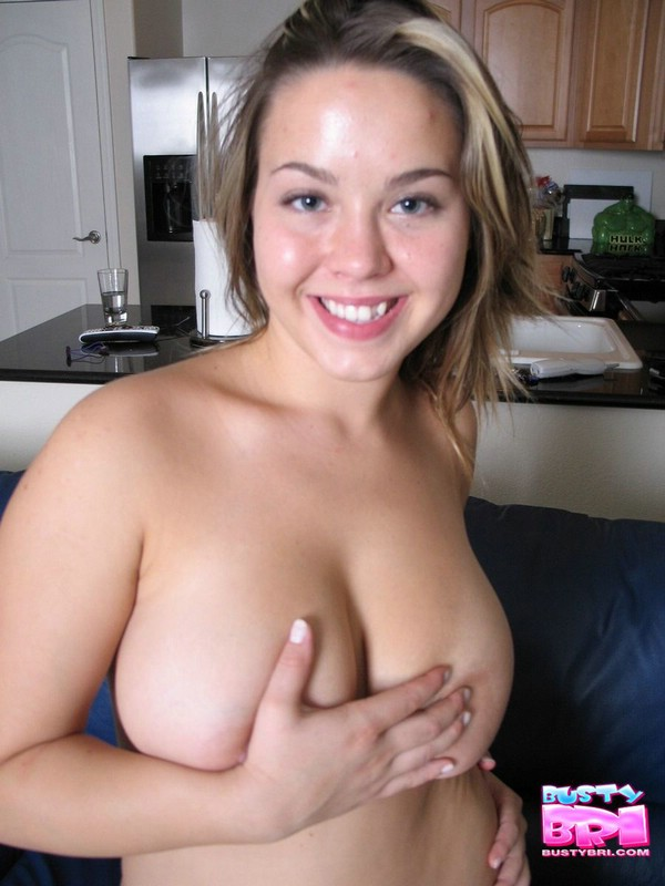 pic of busty bri completely nude