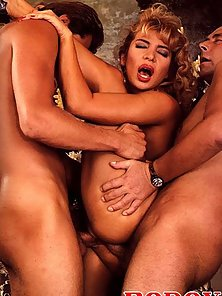 Nasty seventies lady double penetrated