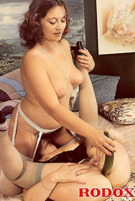 Two Lovely Retro Ladies Playing With Cucumber - Ass Point