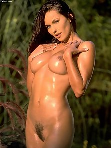 Kyla Cole gets all oiled up and ready