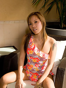 upskirt panty pics of an asian teen
