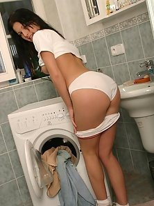Mili Jay makes the washing machine fun