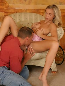 Blond Euro slut gets drilled