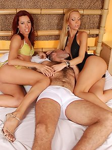 Gorgeous tranny hotties sandwich one stiff stud