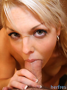 Blonde coed has her tight snatch stretched and cummed in