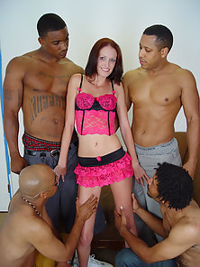 White Hoe Hailey Young banged by 4 brothas
