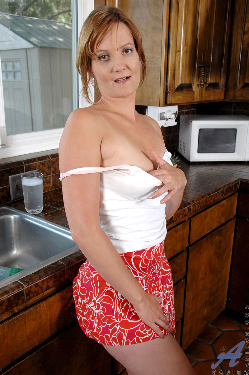 naughty mature housewife teases and flaunts her panties in