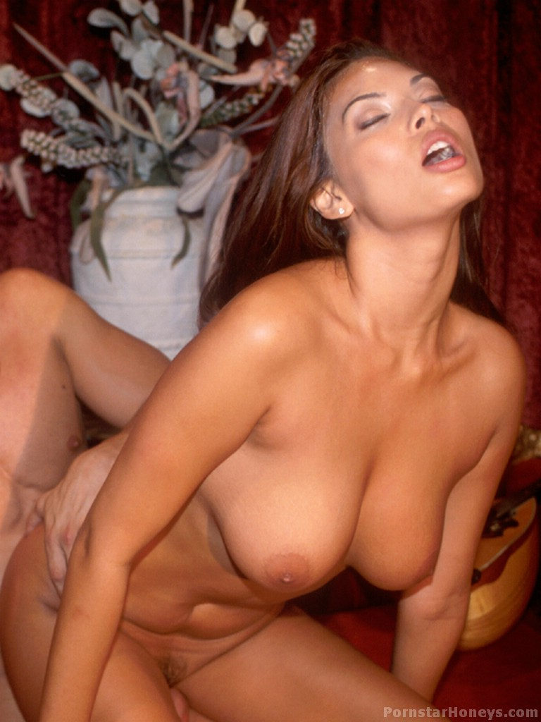 Tera Patrick Gets A Big Dick In Her Mouth And Pussy - Ass -2935