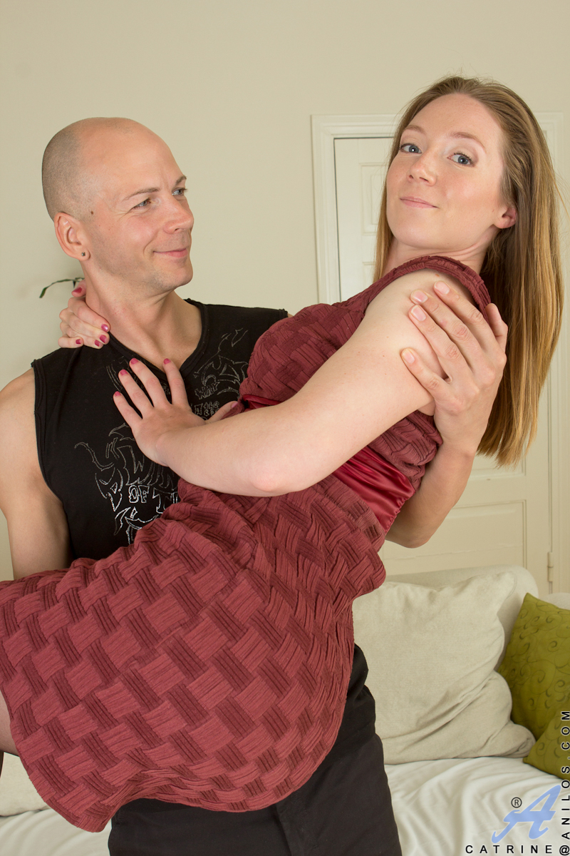 Mom next door teases her man in a sexy dress and stockings - Ass Point