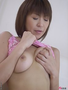 Really gorgeous wild milf Jun Kusanagi fingers her shaved pussy