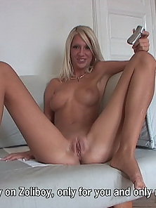 Nasty blonde Bambi peeing and toying a speculum