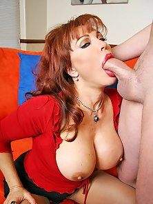 HOrny milf with big boobs Sexy Vanessa gets her pussy drilled