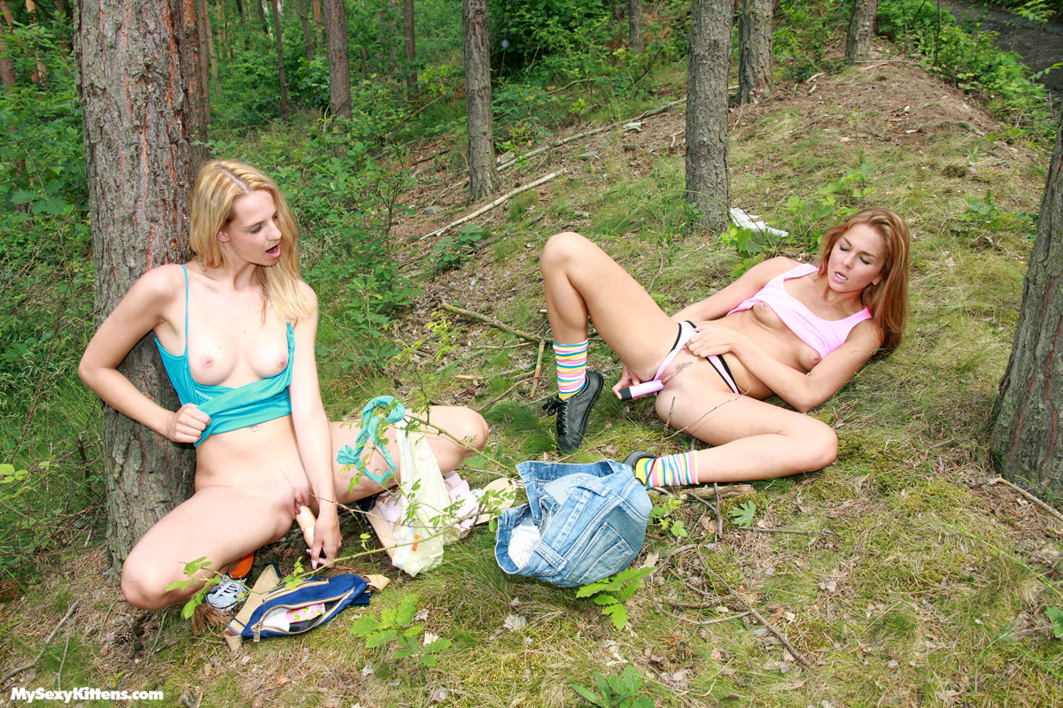 Forest Lesbian Porn