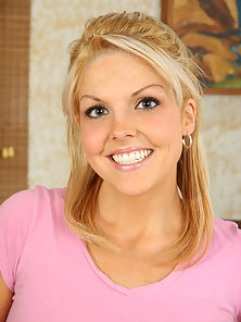 Blonde teen spreads her pussy lips open as she takes a creampie