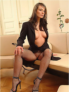 Gorgeous Katka in black fishnet pantyhose