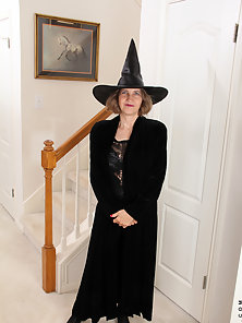 Bobby Bentley casts a cock hardening spell in a sexy witch costume