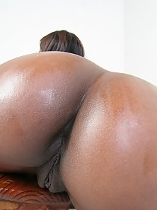 Jet black cock sucking queen with a round butt