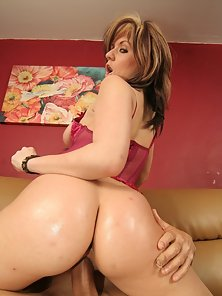 A girl with a greased up ass and a tight pussy in action