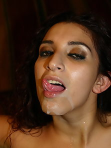 Sexy Dulce gets anally ripped apart in anal punishment