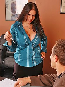Busty office girl Daphne Rosen gets busy with a coworker