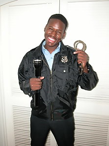 Black Security Guard gay black porn gallery