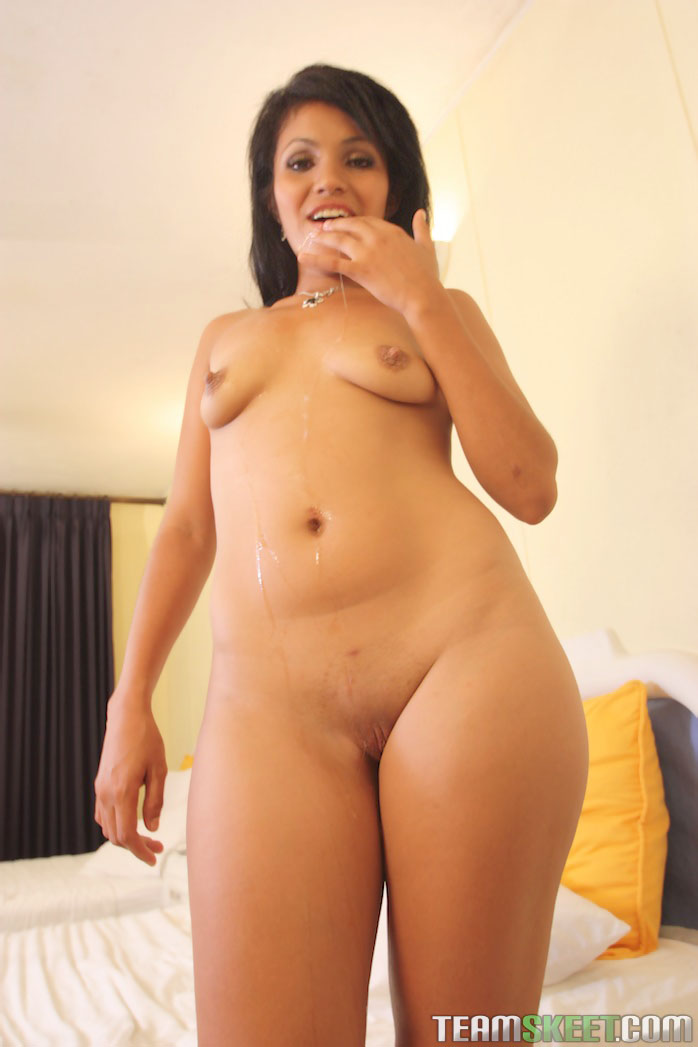 Thick latina wife nude