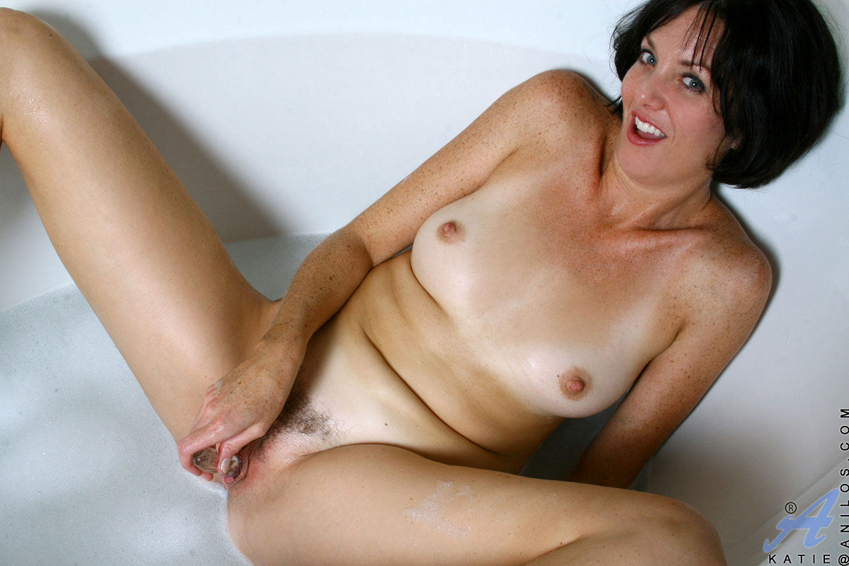 sweet cougar pussy