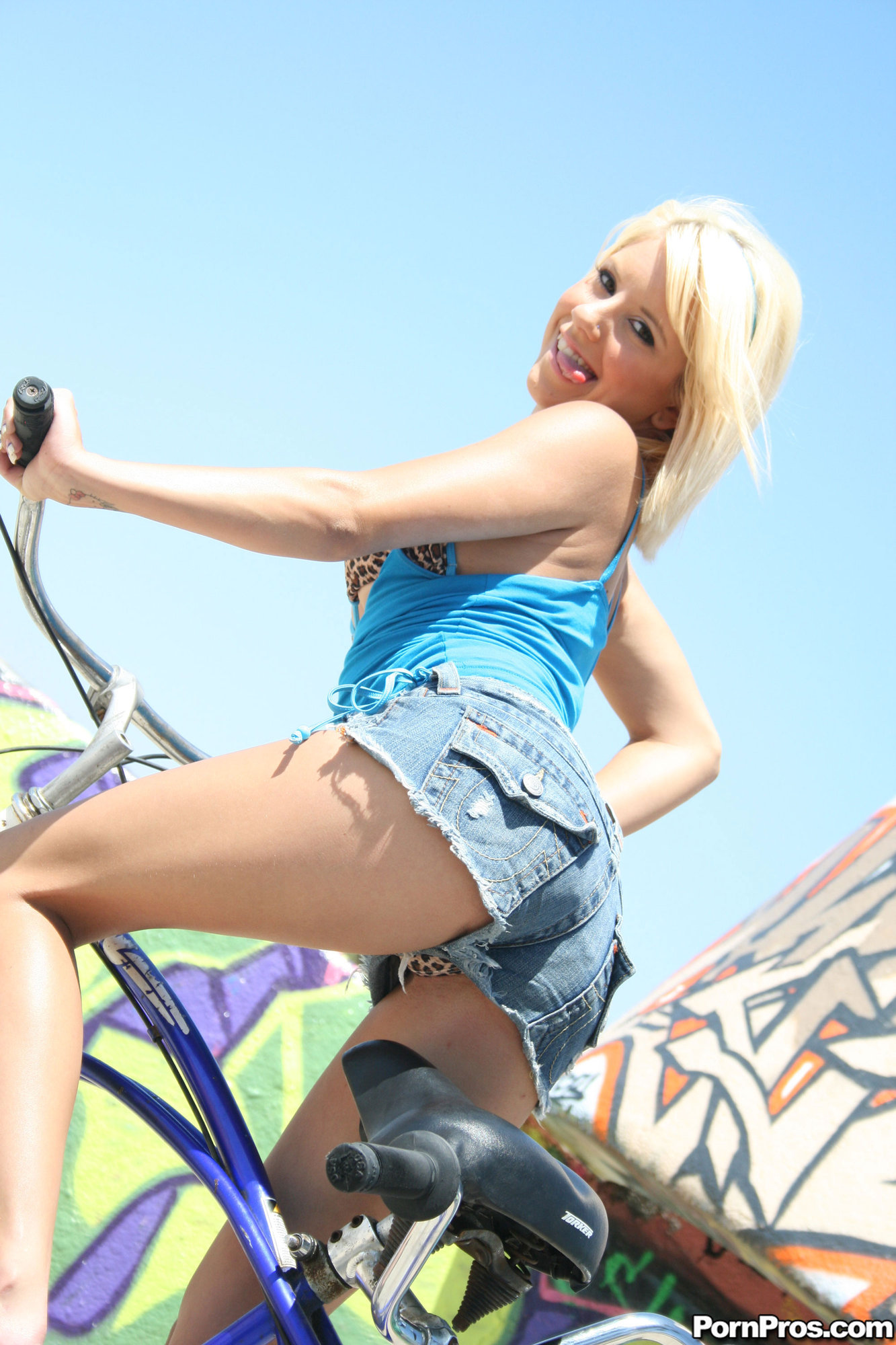 riding bike Teen