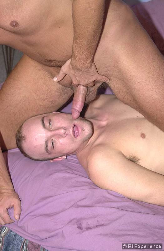 Athletic Stud Cocksucked While Pussylicking