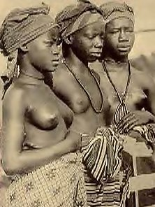 Several nude African ladies from the twenties showing it all