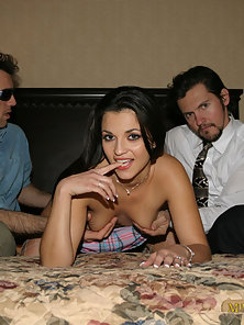 Average schmucks boning a real pornstar