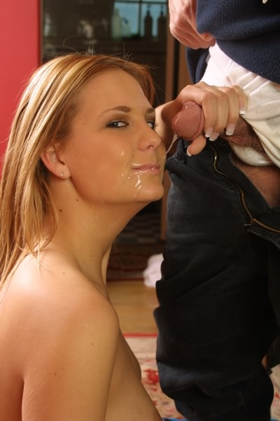 First Timer School Girl Gives Head And Facial Cumshot Ass Point