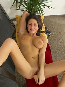 Big Tit Coed All Naked