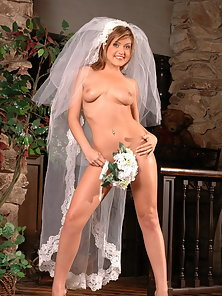 Sexy Bride Tyla takes one last pussy pounding before she gets married