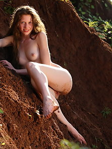 Skinny Blonde Lady Exposes Her Dirty Pink Pussy at Outdoor