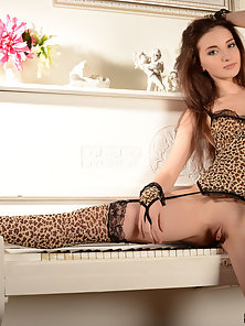 Glorious Skinny Chick Spreads Her Legs and Exposes Shaved Pussy