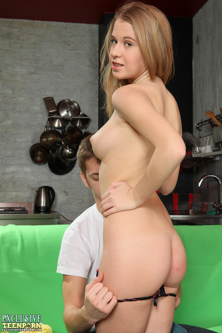 Free Teen For Cash Videos