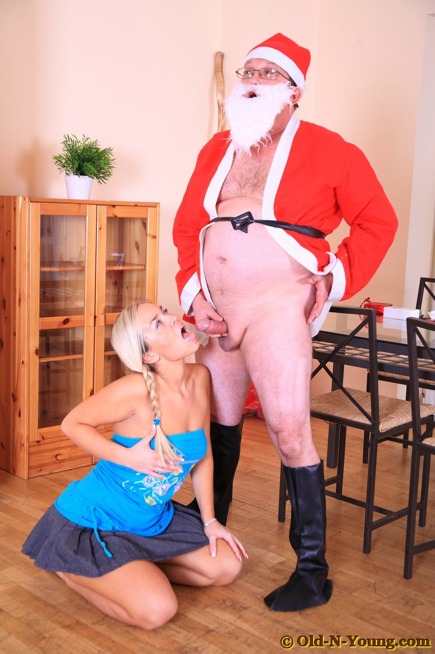 bad santa fucking sleeping girl